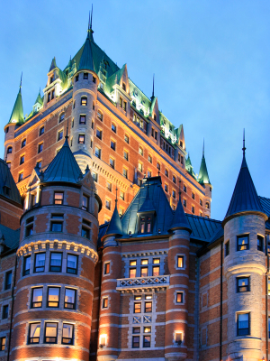 Photo of Chateau Frontenac at dusk